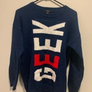 Forever 21 GEEK Sweater Size Small